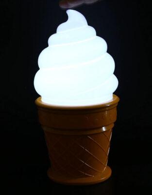Lampička ve tvaru zmrzliny